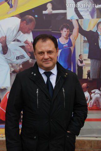 Олег Жишко, глава Щербинки: Центр помогает нам во всем