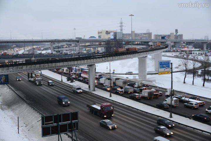 За три года на дороги потратят 500 миллиардов рублей