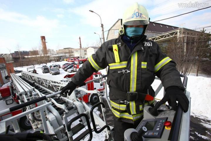 Бороться с огнем профессионалам помогут добровольцы