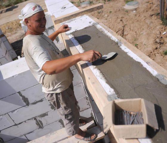 Проектом поселка Зверево предусмотрено строительство школы и трех детских садов