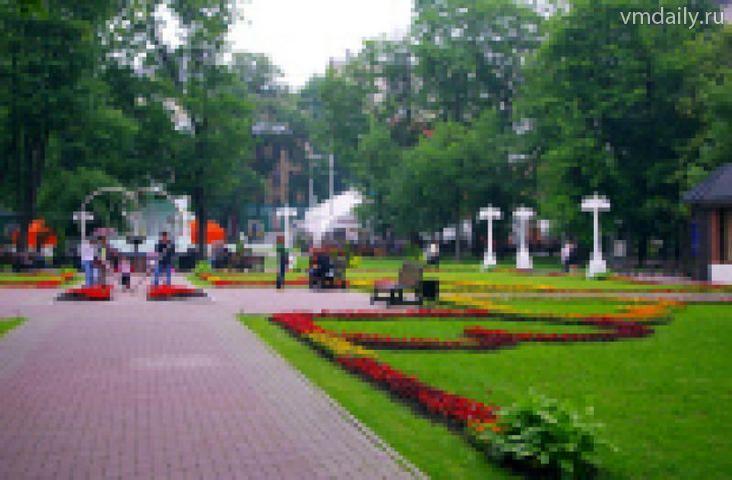 «Единая Россия» обсудила состояние московских газонов