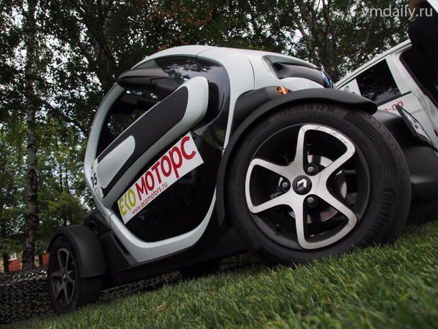 На паркингах Москвы появятся «зарядки» для электрокаров