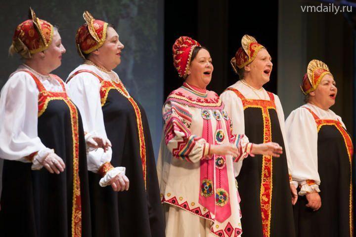 В центре Москвы споют «Катюшу»