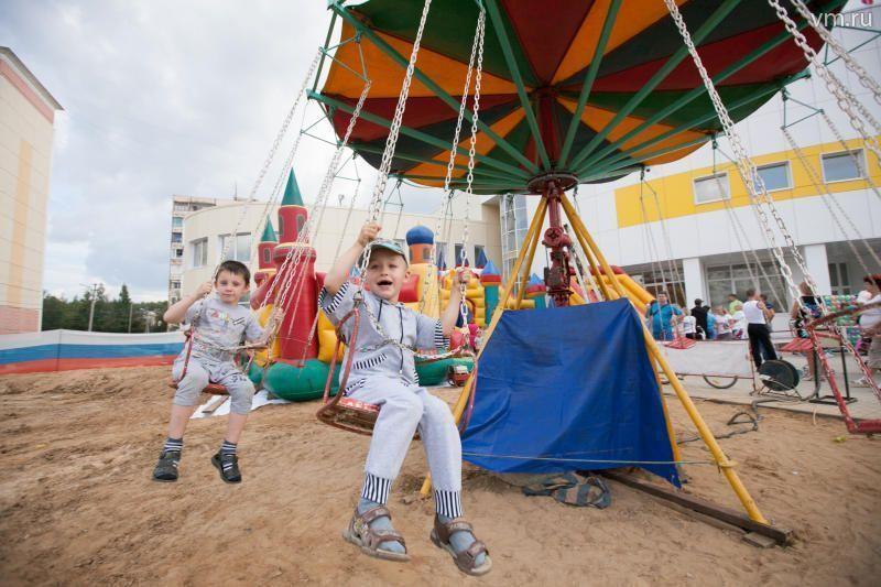 В поселении Краснопахорское установят 14 детских и спортивных площадок
