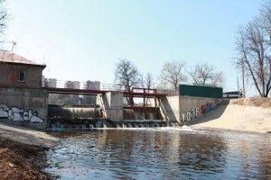 Первой среди гидротехнических сооружений ТиНАО была реконструирована плотина в Троицке.