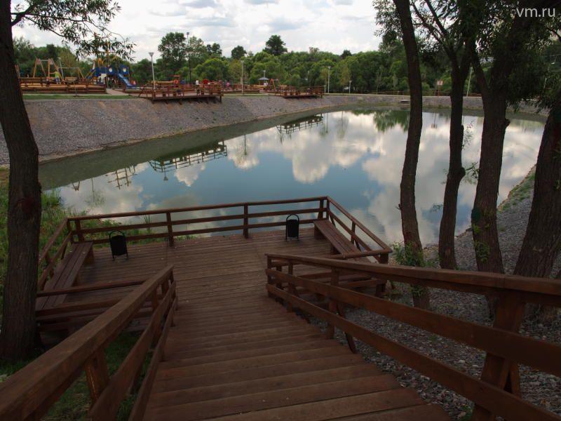 Парки-новостройки: водоемы есть, а купаться запрещено