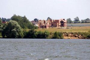 Коттеджные поселки нередко строятся с нарушением закона