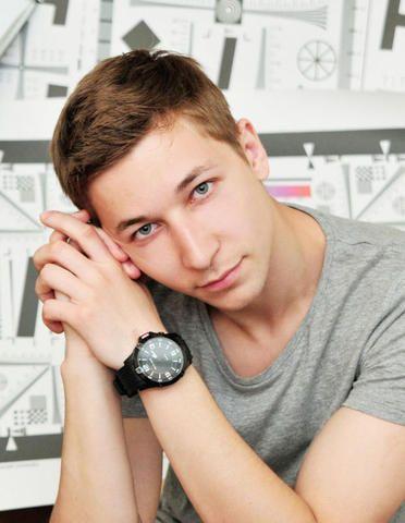 Наш сосед: актер Руслан Искандаров