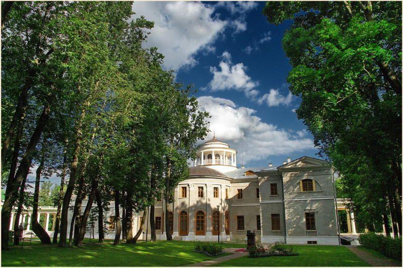 Рязановские школьники стали экскурсоводами дома-музея Остафьево
