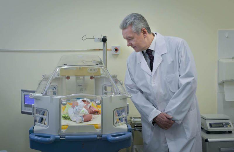 Сергей Собянин поздравил молодых мам с наступающим Международным женским днем