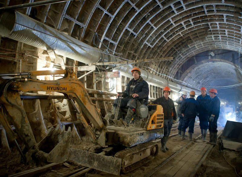 Москвичи побывали на экскурсии в метро