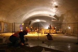 Станция «Румянцево» уже близка к завершению строительства. Отсюда метро дойдет до станции «Саларьево», а в перспективе — дальше, к Троицку