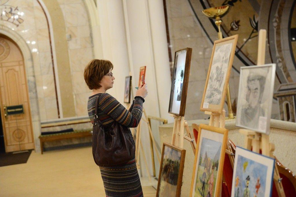 В Щербинке открылась выставка художников из Подольска