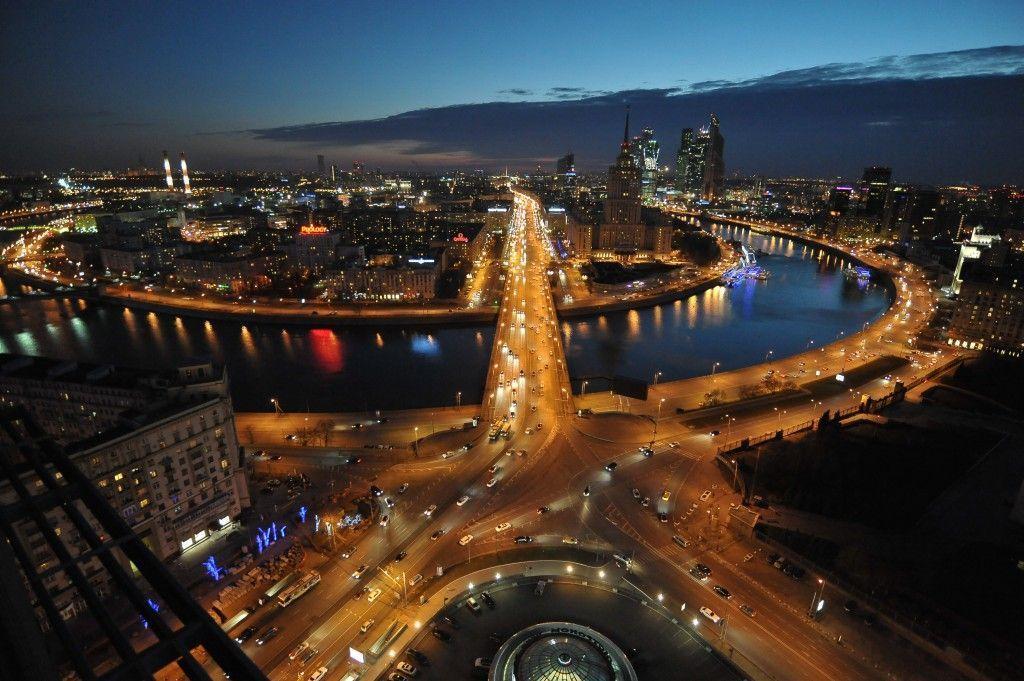 Более 100 тысяч москвичей присоединятся к «Часу Земли»