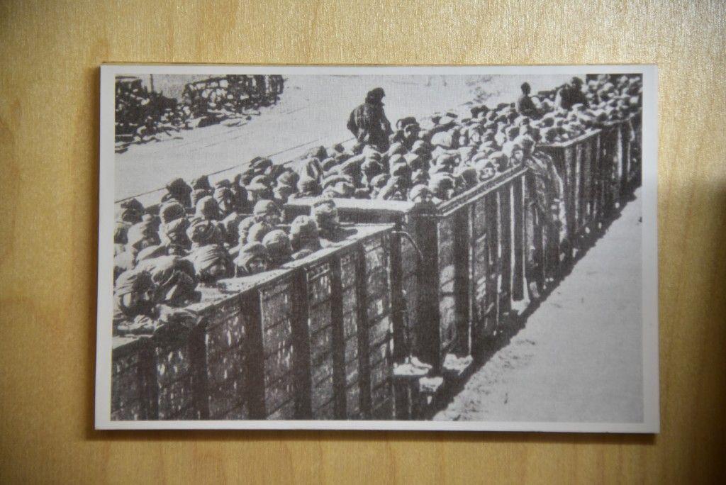 В доме культуры «Звездный» почтили память узников концлагерей