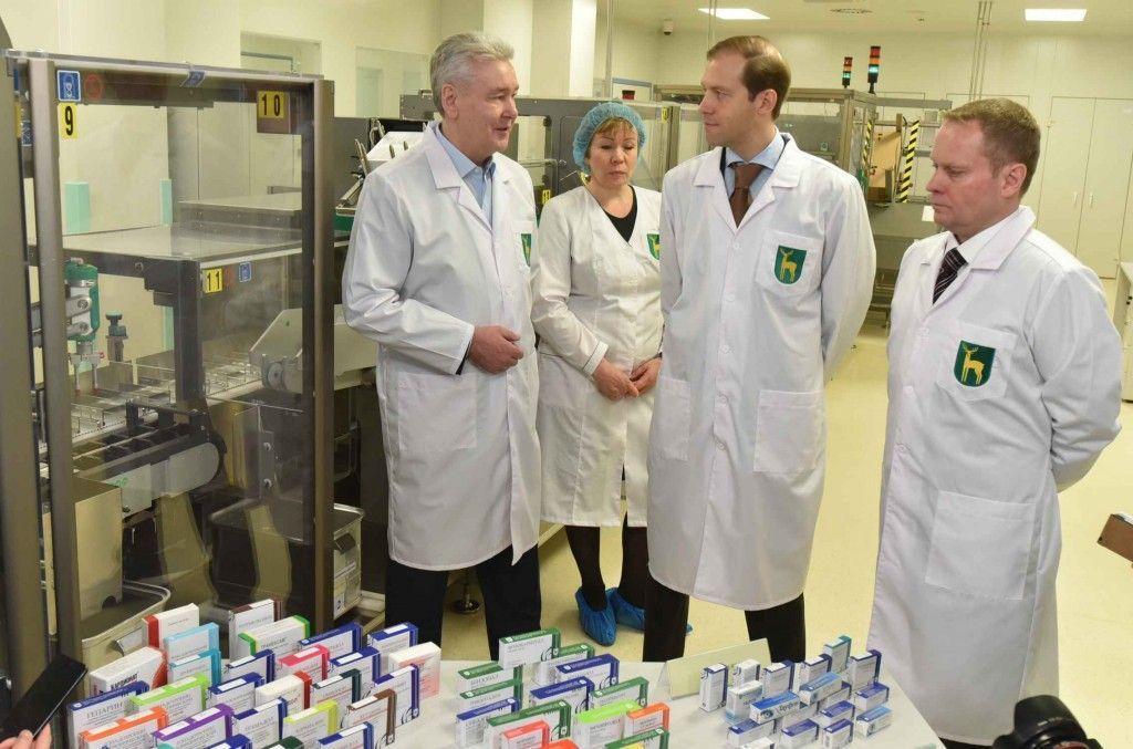 Собянин: В Москве начали производство уникальных для России медикаментов