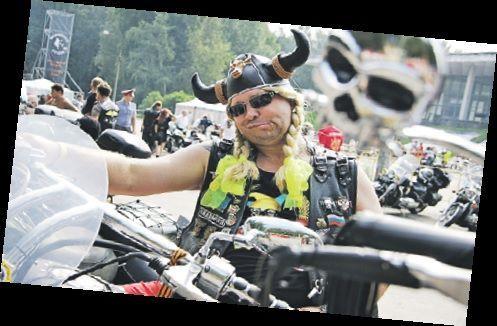 Канун первомая: взревели тысячи моторов, открылся новый байкерский сезон