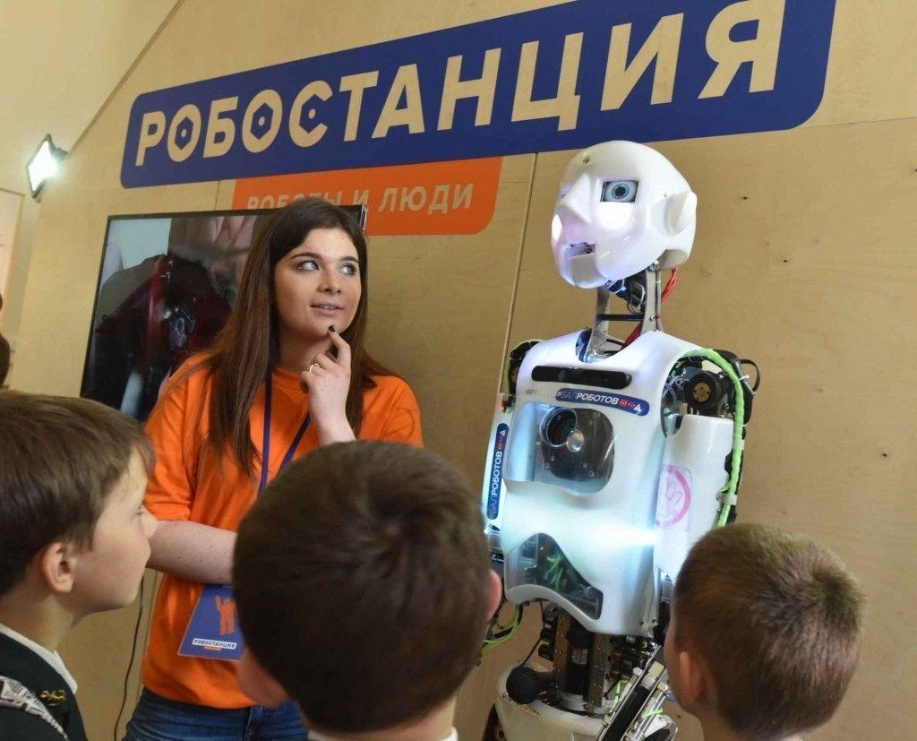 В Москве сделали роботов, запоминающих человеческие лица