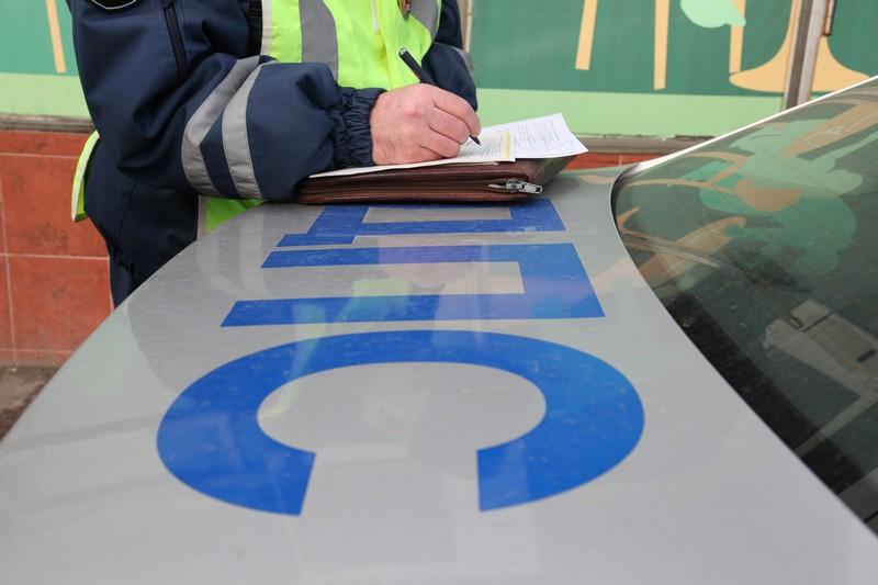 За остановку на стоянке для инвалидов автовладельцам грозит штраф и эвакуация автомобиля
