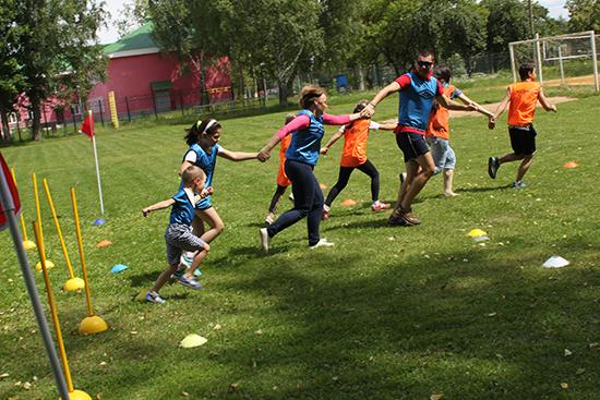 В поселении Михайлово-Ярцевское День семьи отметили спортивным праздником