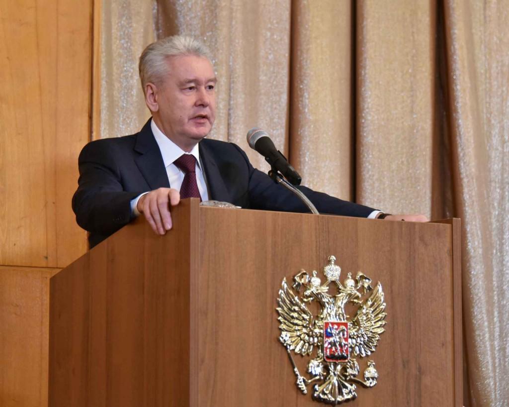 Собянин поручил запретить участие офшоров в государственных закупках