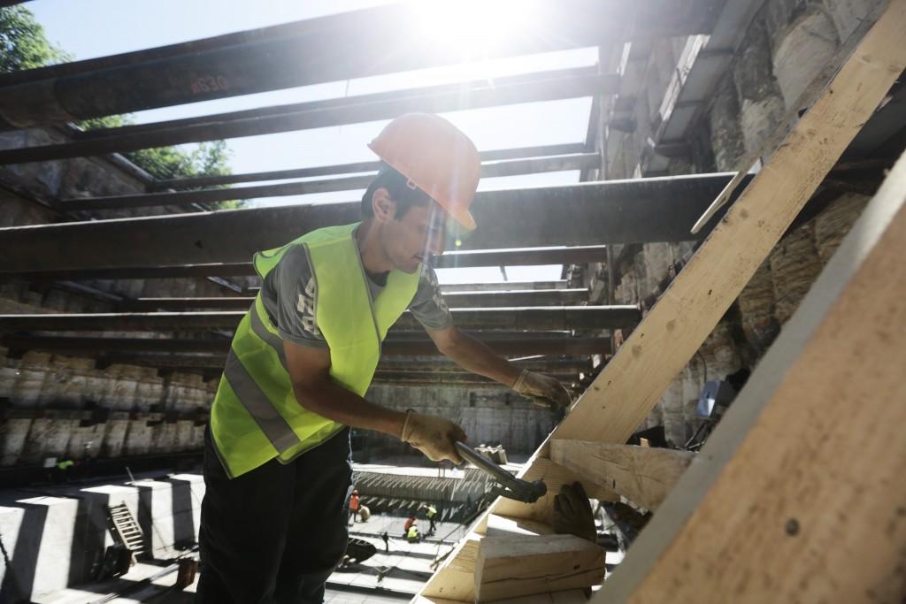 С 1 августа в Москве введены единые требования к ограждению стройплощадок