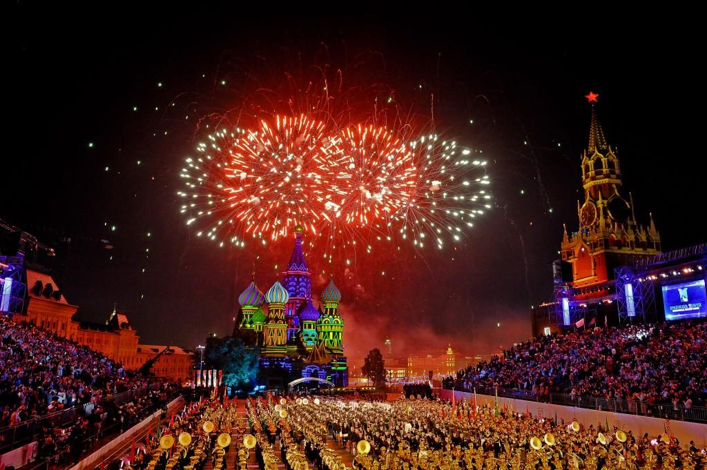 День города отметим праздничным фейерверком