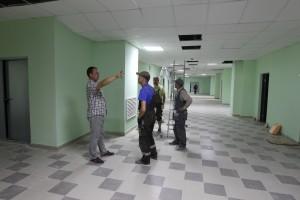 5 августа 2015 года. Коммунарка. ЖК Бунинский. Строители заканчивают чистовую отделку в новой школе