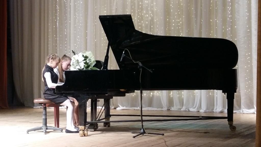 Экскурсия и концерт прошли в Новофедоровской детской музыкальной школе 1 сентября