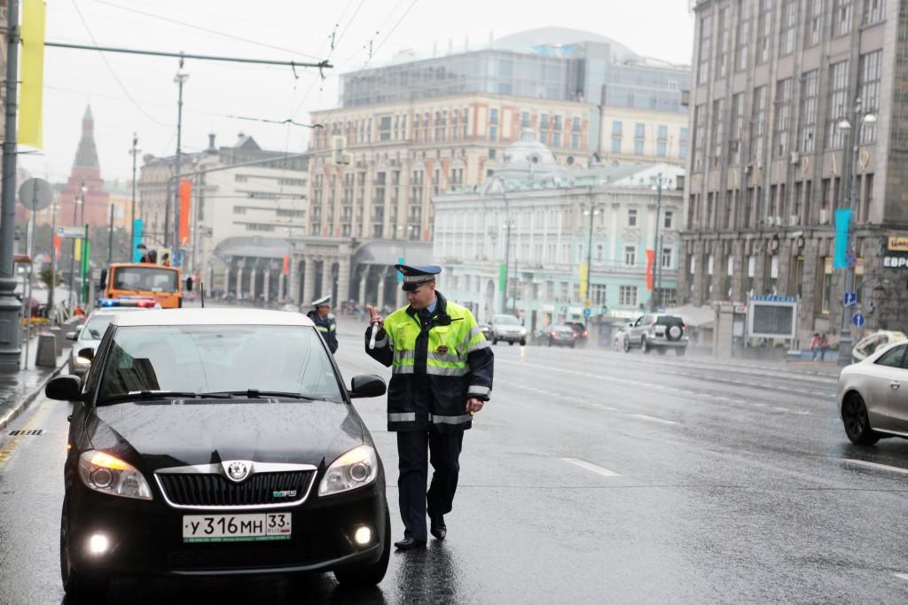 На дорогах Москвы снизилось количество зафиксированных камерами нарушений