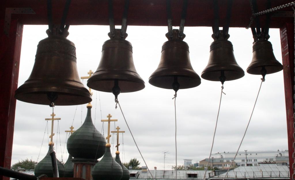 Колокола и купола Преображенского Храма в Сосенском освятили