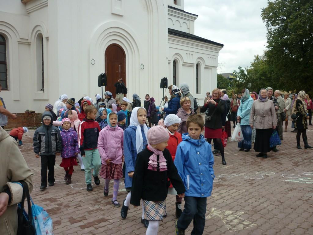 Воспитанники воскресной школы Щербинки приняли участие в престольном празднике в Былово