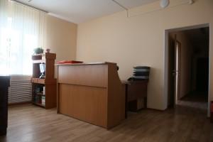 В 2013 году КДЦ «Крекшино» напоминал склад, а 18 сентября 2015 года «НО» увидели здесь новую мебель и компьютеры