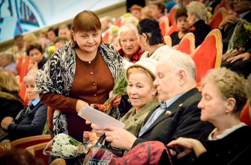 В Щаповском выберут «Супер-бабушку»