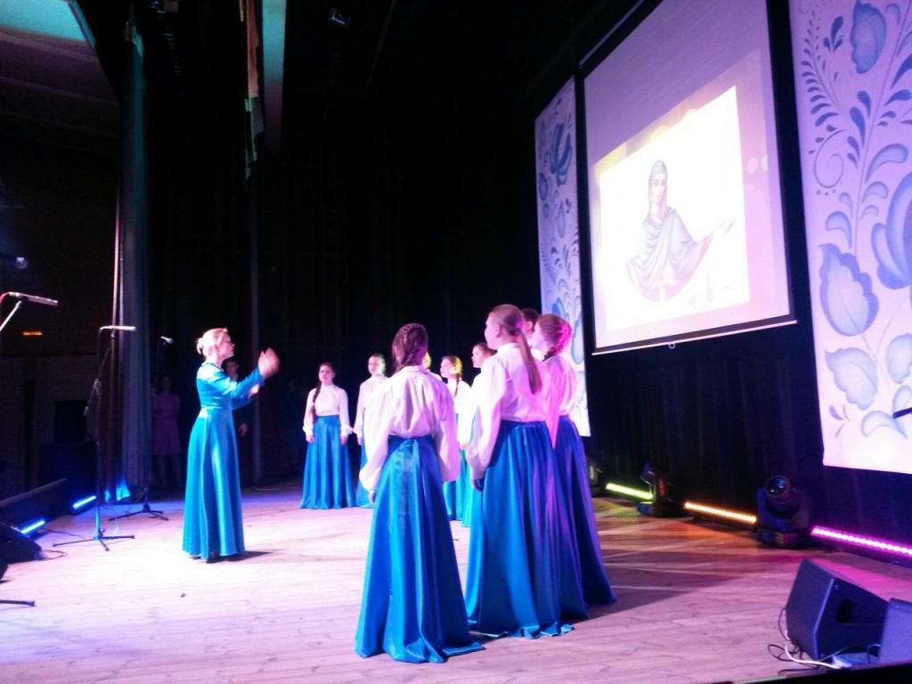 В Десеновском отметили Покров день