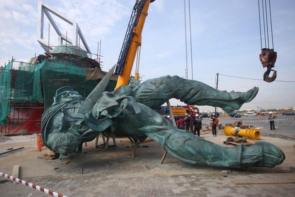 В Новой Москве восстановят 112 памятников