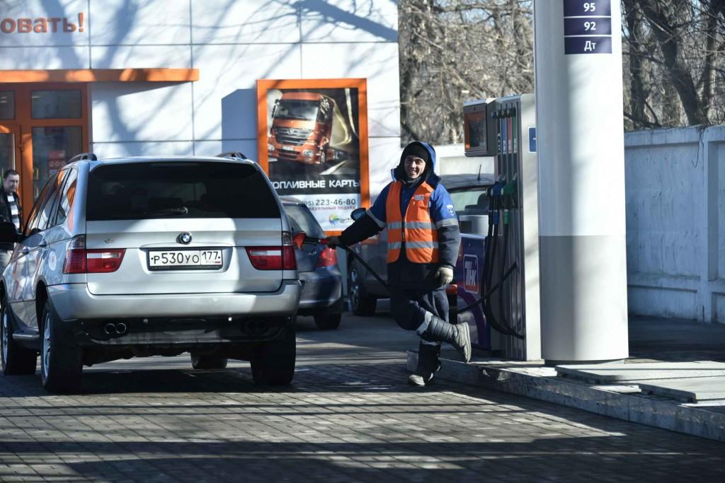 Автомобилисты смогут самостоятельно проверять честность заправок