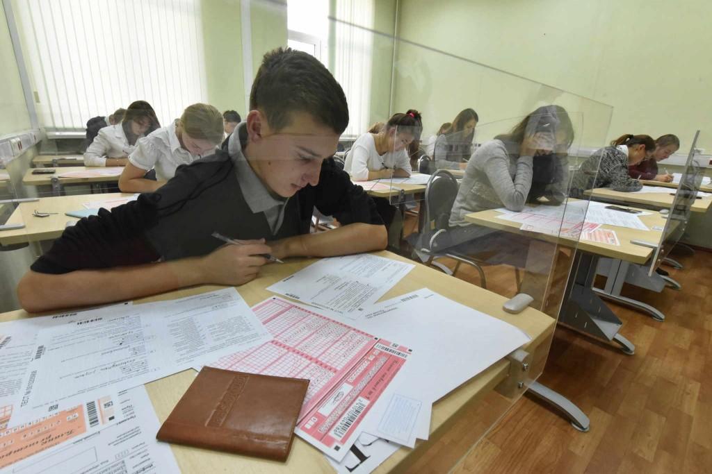Старшеклассники смогут сдать базовый экзамен по математике годом ранее