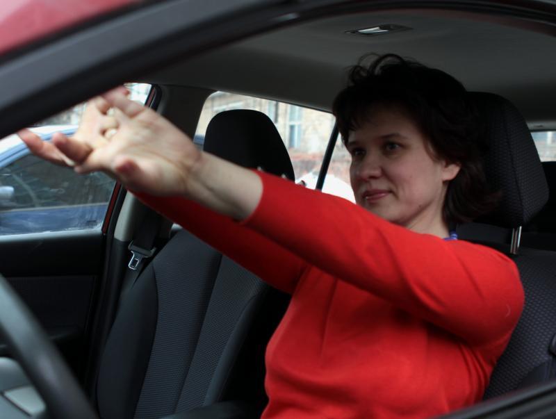 Женщины-водители посоревнуются друг с другом в Московском