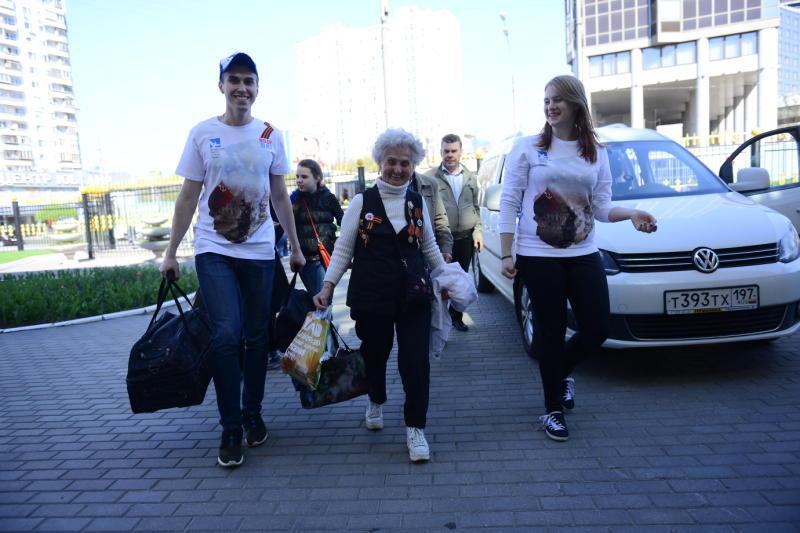Школьники Новой Москвы рассказали о волонтерстве