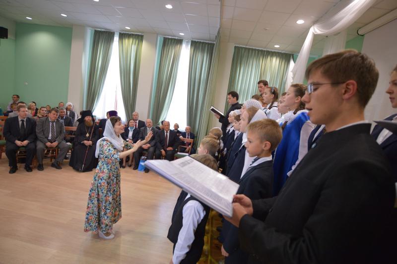 В Десеновское приедет детский приют «Покров»