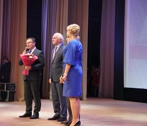 Педагогов трех поселений поздравили с профессиональным праздником
