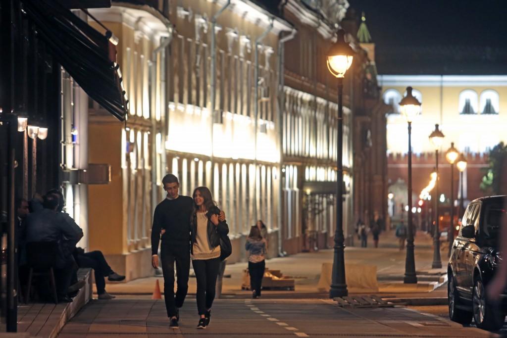 Дата: 24.08.2015, Время: 23:26 Новая подсветка на Большой Никитской улице