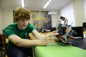 В поселениях стартовала Неделя робототехники