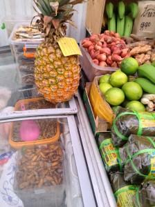 Продажа продуктов на китайском рынке в ЮВАО.