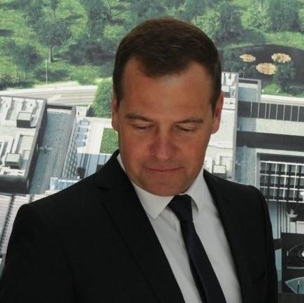 Дмитрий Медведев запретил иностранный софт