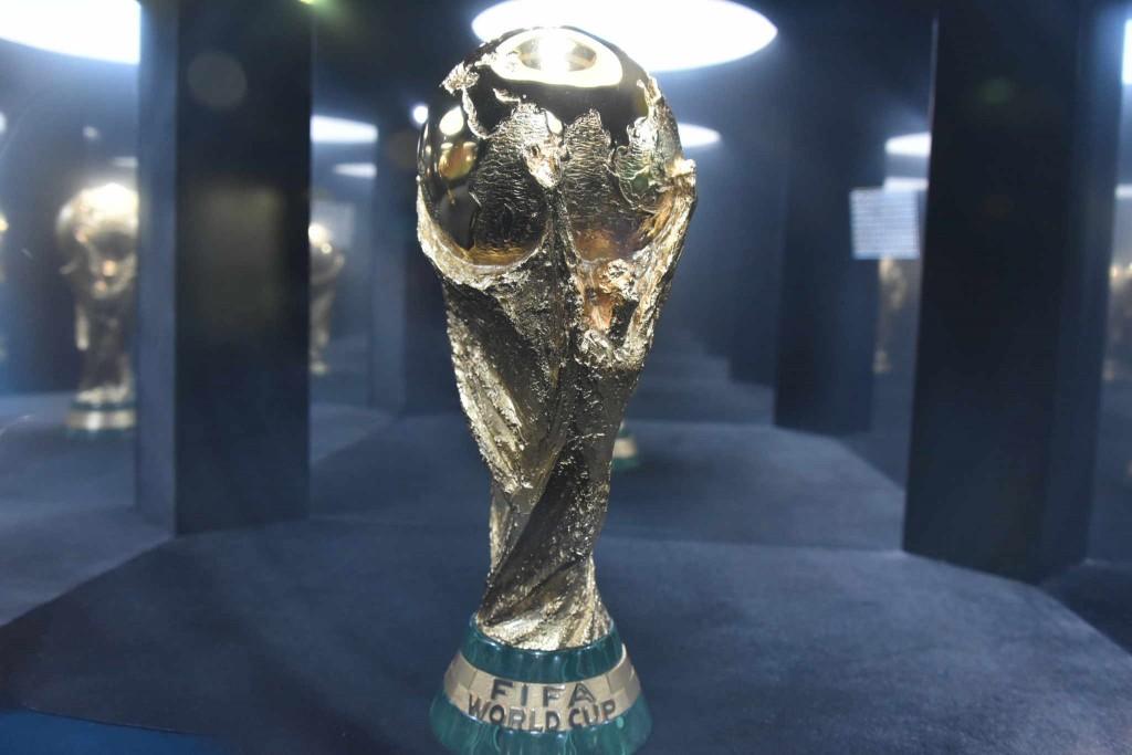 ФИФА отказала Платини и Блаттеру