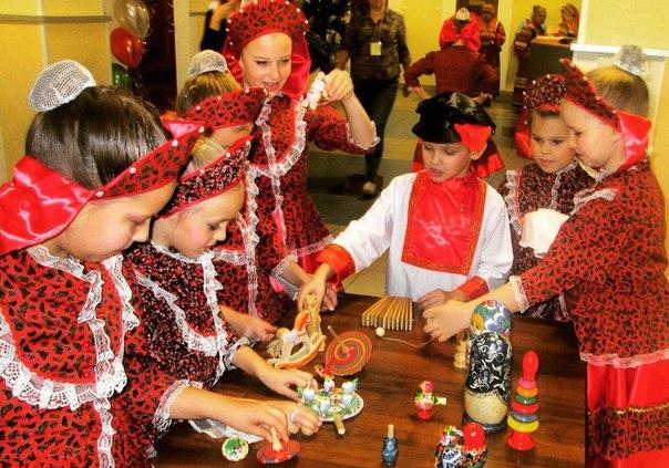 Молодежная палата Рязановского: Серия мероприятий по возрождению интереса к народной игрушке