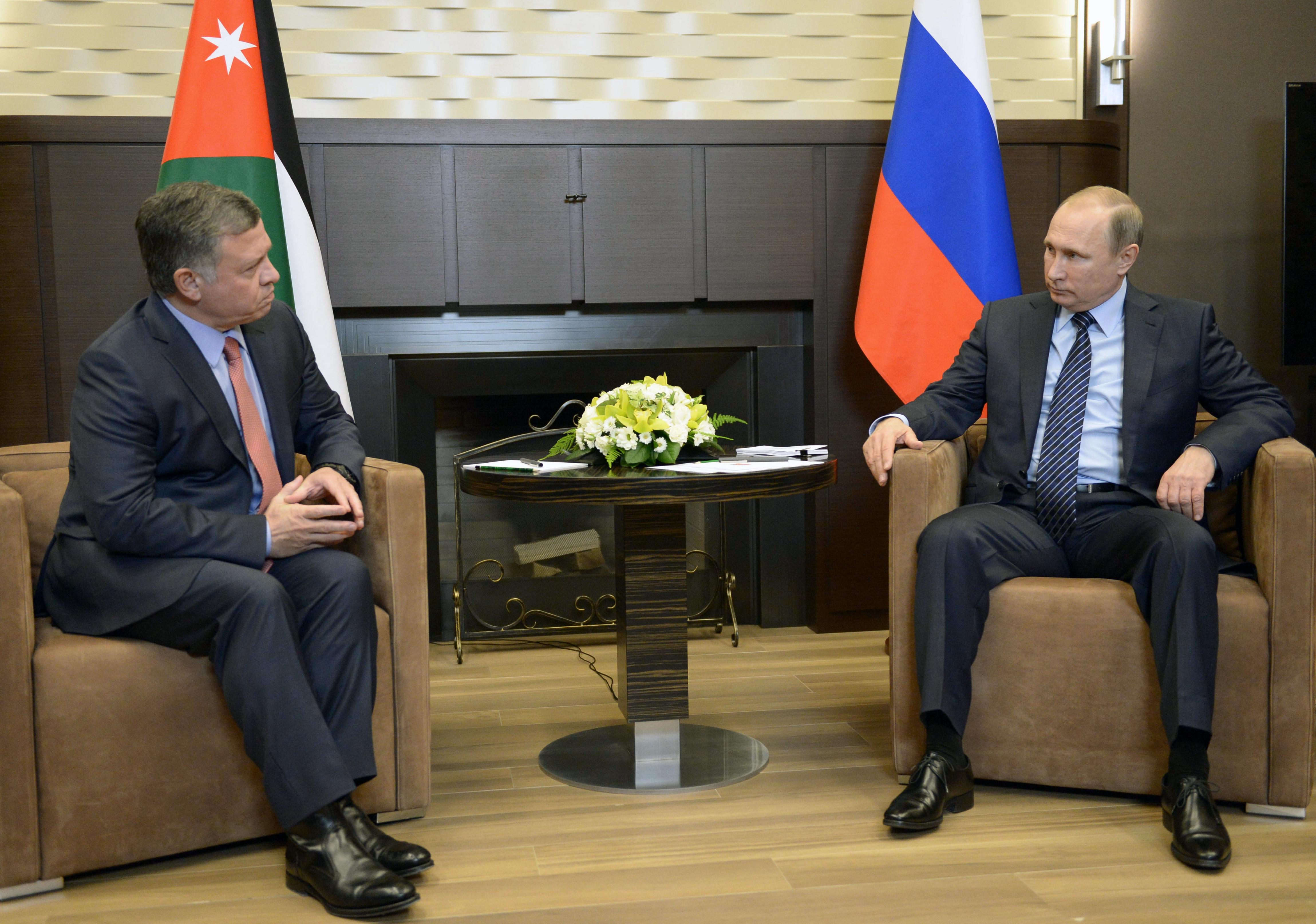 Владимир Путин: Россия получила удар ножом в спину