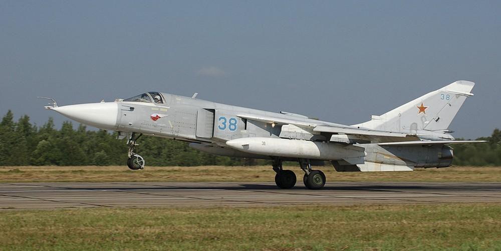 Сбитый Су-24: Россия направляет в регион истребители и военный крейсер